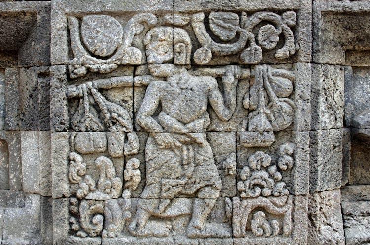 Foto relief di Candi Tegowangi, Kediri, Jawa Timur