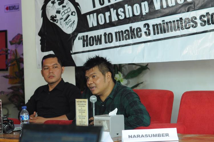 Lexy Rambadeta, founder channel Jakartanicus sebagai pemateri sesi kedua. (foto : Nakula)