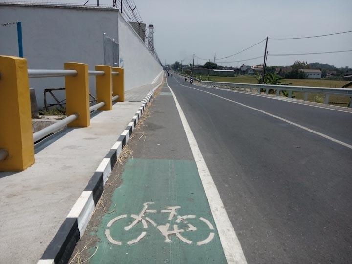 Jalur-Sepeda-Jong-Biru-Kediri-3
