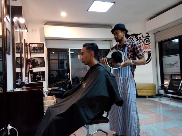 Barbershop-Jalan-Dhoho-3
