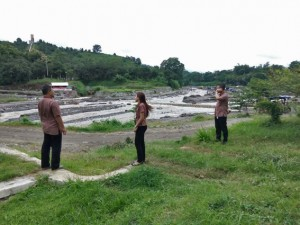 Pemantau Daerah Aliran Sungai Konto Diperbatasan Kediri-Malang (Foto : DUM)